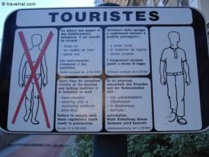 tourist-dress-code-300x225